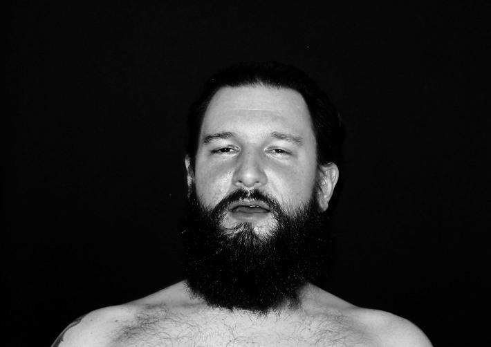 Moments: a série fotográfica de Alina Oswald que retrata a expressão facial de pessoas tendo um orgasmo  foto: reprodução
